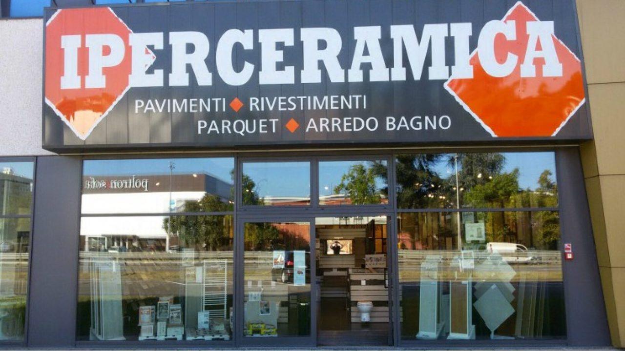Offerte Lavoro Arredo Bagno.Iperceramica Assunzioni 2017 Offerte Per Commessi A Milano Roma