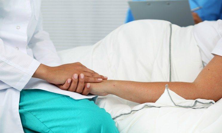 Concorso sanita 2017, bando per ostetriche a tempo indeterminato, requisiti, scadenze