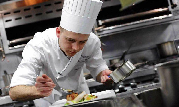 Concorso cuoco 2017, bando per 4 posti a tempo indeterminato, requisiti e scadenze
