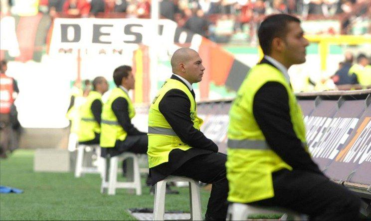 Offerte di lavoro per steward negli stadi italiani, richiesta licenza media