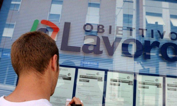 Disoccupazione in Italia, solo un occupato su dieci ha meno di trent anni