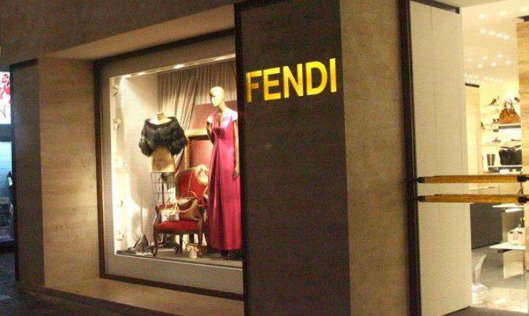 Fendi lavora con noi 2018 350 posti di lavoro per nuova apertura in toscana - Fendi bagno a ripoli ...
