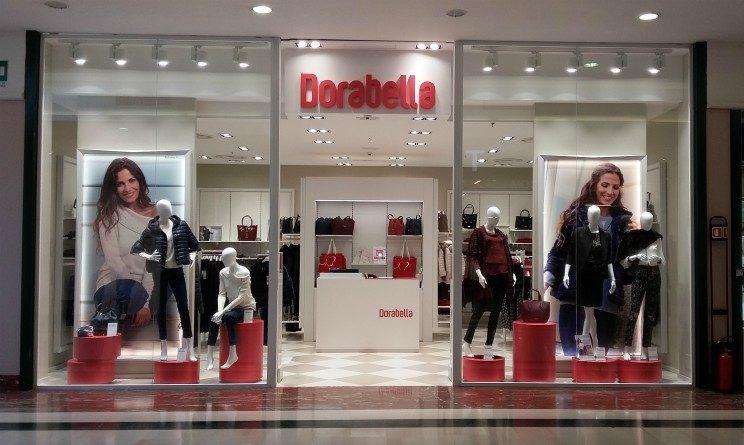 Dorabella lavora con noi 2018, 33 posti per commessi in Campania, Sicilia e Lazio
