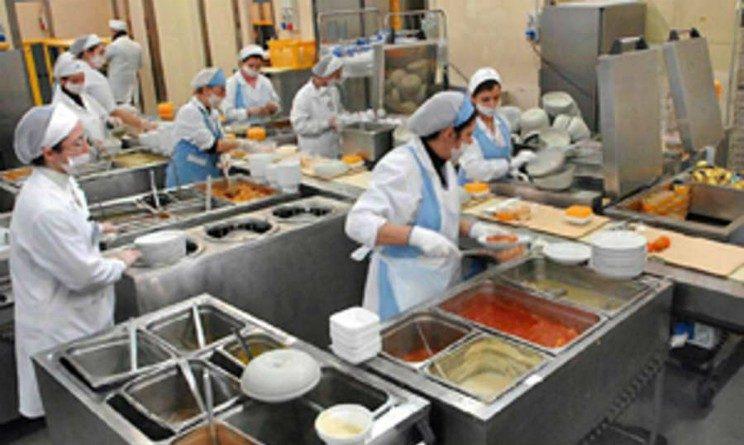Offerte di lavoro per addetti alla mensa, 25 posizioni aperte nel Lazio e in Puglia