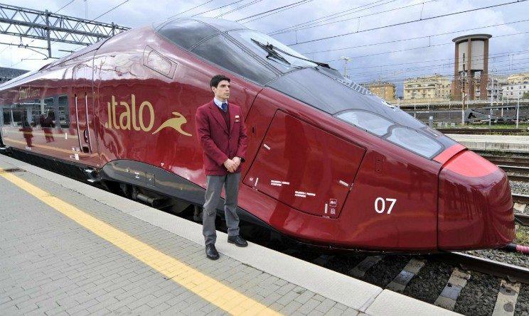 Italo Treno lavora con noi 2018, 30 posti per steward e hostess di bordo a Milano