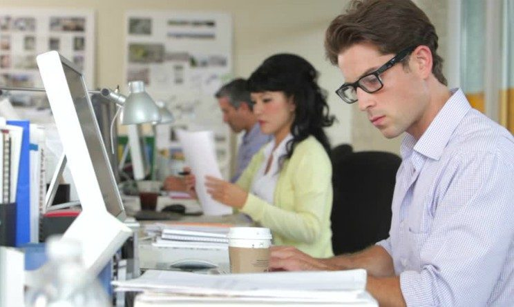 Gi Group seleziona 32 addetti ufficio import: non è richiesta esperienza