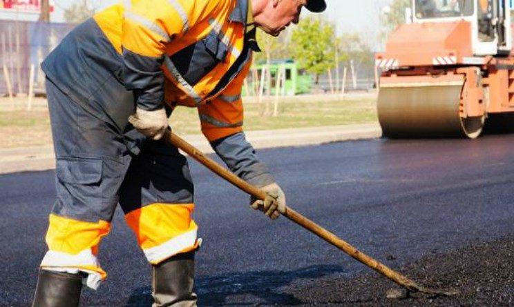 Offerte di lavoro per addetti alla manutenzione stradale, 20 posti per operai senza esperienza