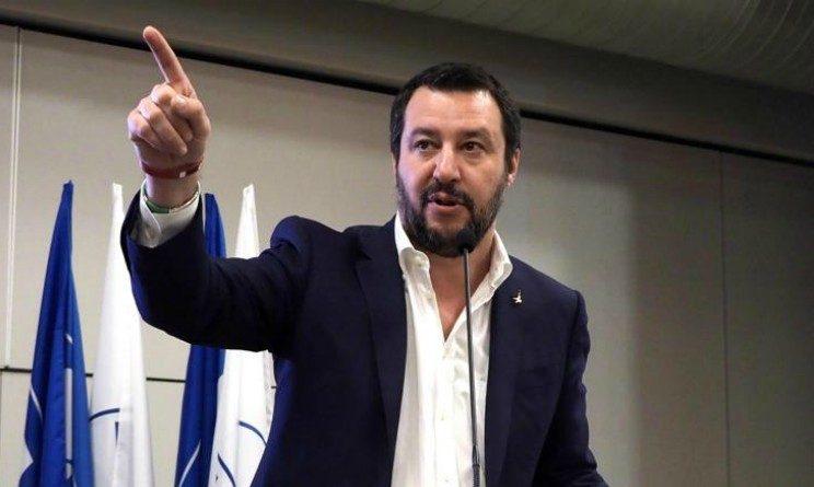 Pensioni 2018, Salvini su Def, abolizione legge Fornero subito