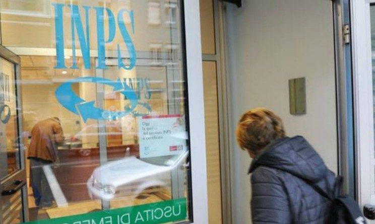 Inps le chiede indietro 11mila euro, pensionata si oppone e vince la causa