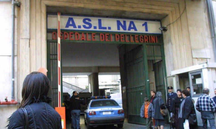 Napoli, senza lavoro da 25 anni se ne inventa uno da 1500 euro al mese, il codista