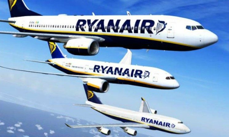 Ryanair lavora con noi aprile 2018, selezioni in tutta Italia per assistenti di volo senza esperienza
