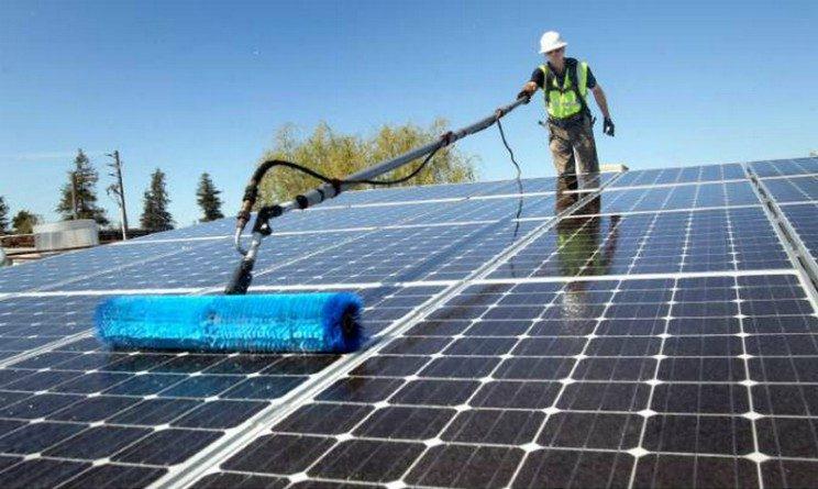 Relizont seleziona 5 operai per pulizie di pannelli fotovoltaici a tempo indeterminato