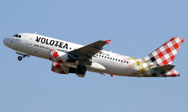Risultati immagini per Volotea: 250 assunzioni, anche in Italia