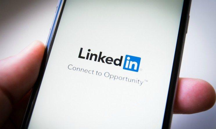 Come trovare lavoro con LinkedIn, 7 strategie efficaci