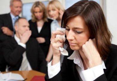 Mobbing al lavoro, cosa fare e come difendersi