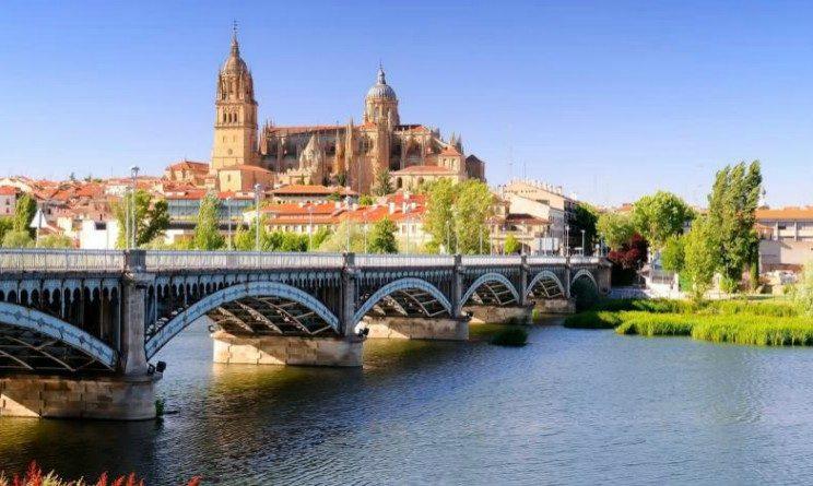 Lavorare in Spagna, permessi, siti internet e mestieri richiesti