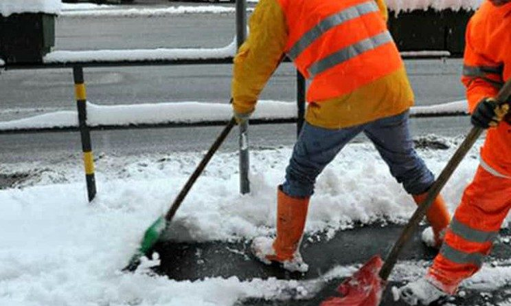 Amsa seleziona spalatori di neve senza esperienza