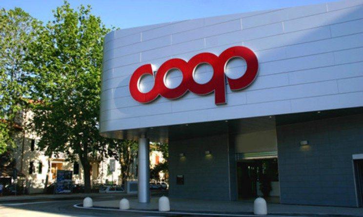 Coop assume 60 cassieri, commessi e banconisti in 2 regioni