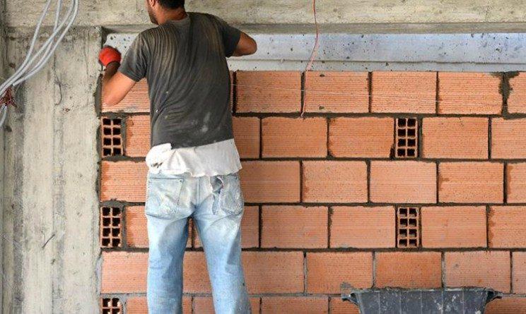 Agenzia Piemonte Lavoro assume 14 operai in Svizzera