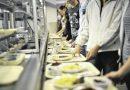 Humangest seleziona 30 addetti alla mensa senza esperienza