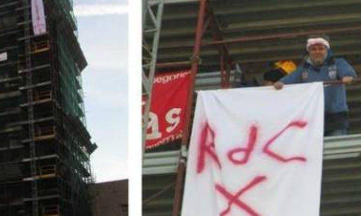 Nessun reddito di cittadinanza per i licenziati, protesta di 2 operai Fca