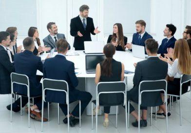 Troppi incompetenti ricoprono ruoli da leader nel lavoro
