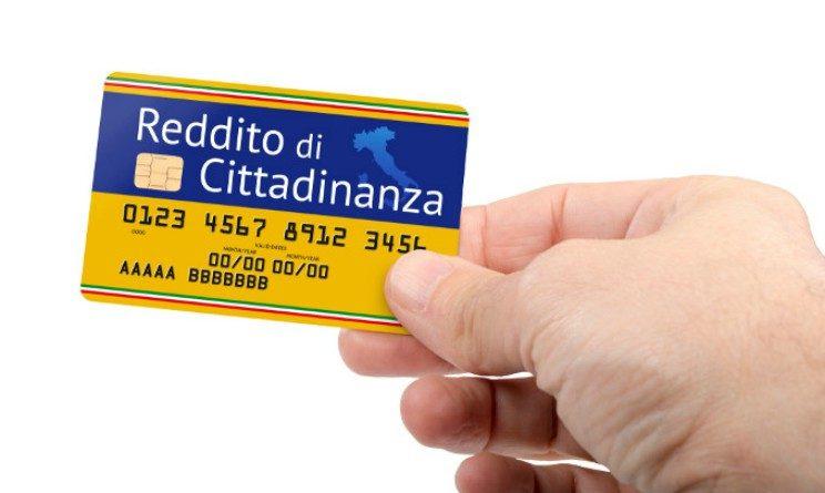 Reddito di cittadinanza, alcuni supermercati non lo accettano
