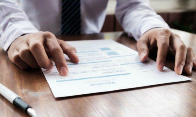 Qual e il giorno migliore per mandare il CV alle aziende secondo LinkedIn