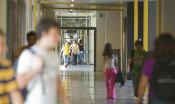AxL assume 2 collaboratori scolastici per prestigiosa universita milanese
