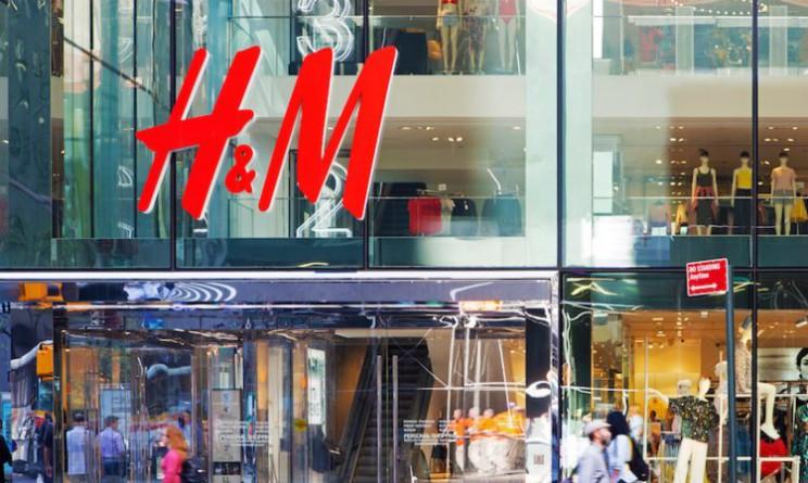 H&M chiude 7 punti vendita e mette a rischo 145 posti di lavoro