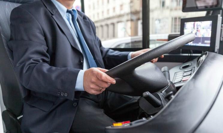 Manpower assume 100 autisti di autobus con licenza media