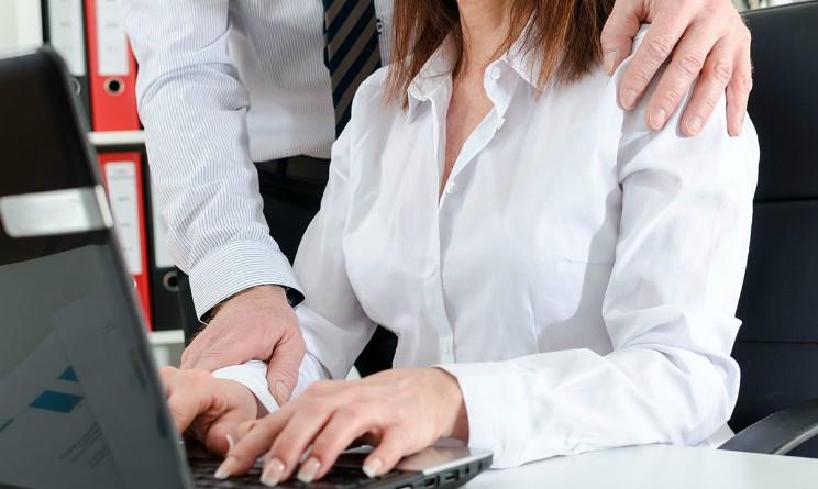 Molestie sessuali sul lavoro come incidenti sul lavoro, la petizione dell Udi ai Ministri