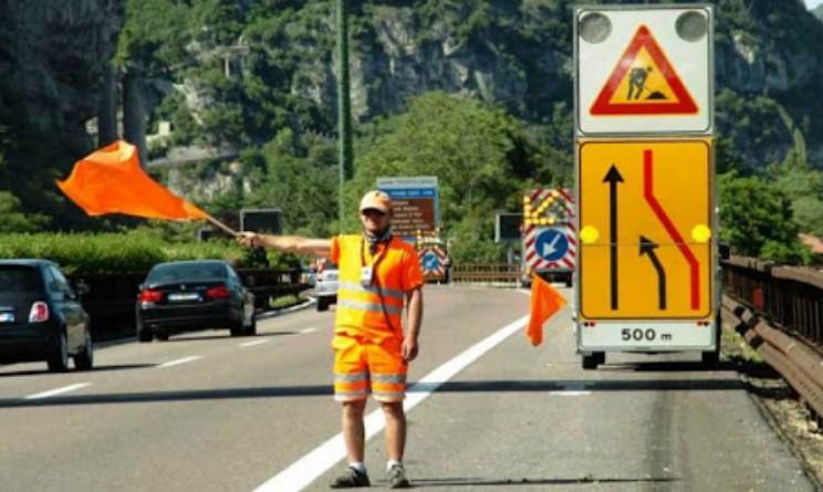 Synergie assume 10 addetti posa e manutenzione della segnaletica stradale