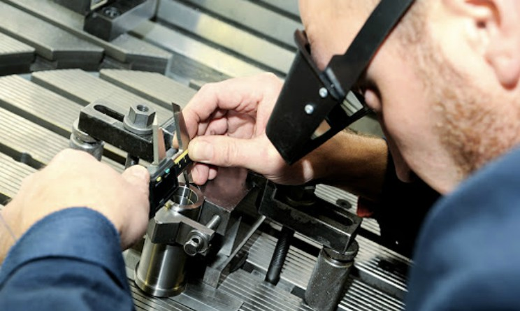 Corso gratuito per addetto al montaggio meccanico di Umana Forma