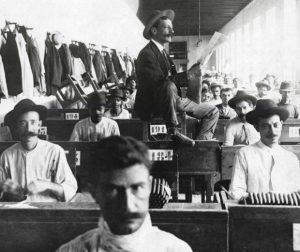 Il lettore nelle fabbriche