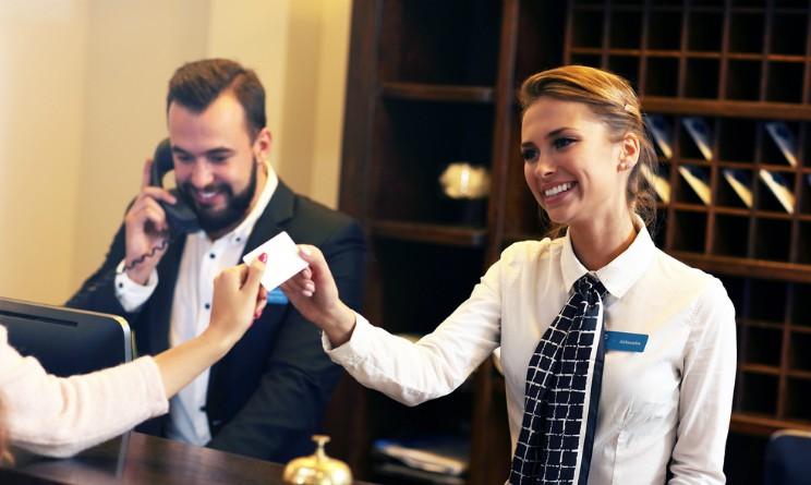 Corso online gratuito per addetto al ricevimento alberghiero