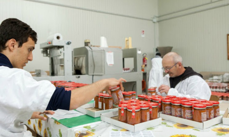 Manpower assume 4 addetti al confezionamento alimentare